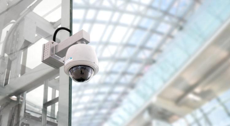 5 motivos para investir em segurança eletrônica para a sua loja!