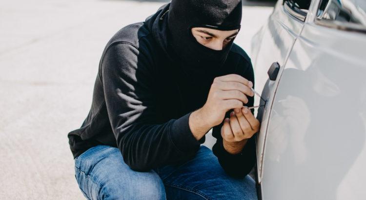 6 dicas para evitar roubo de carros